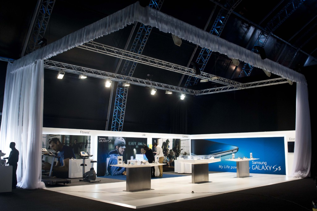 Kpmg Exhibition Stand : Innovation factory work