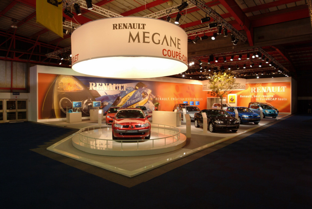 Renault Exhibition Stand at JIMS 2013,built by Innovation Factory