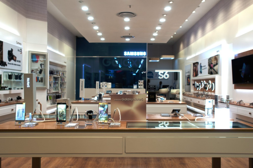 Samsung Mobile Store Clearwater Mall,built by Innovation Factory